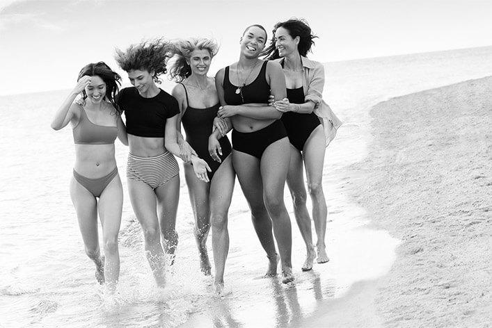Groupe de femmes heureuses